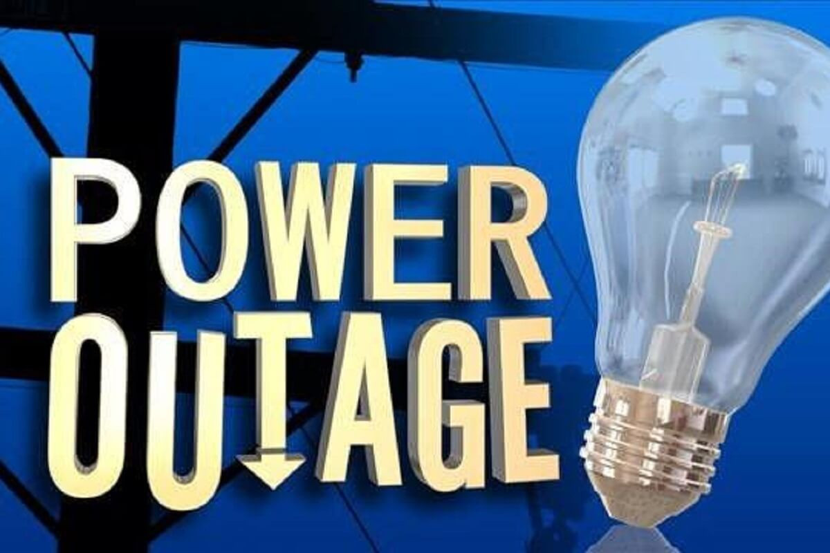 SRP customers reporting large power outage across the area
